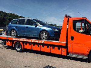 Bildemontering i Härryda tar hand om kasserade bilar som ska skrotas